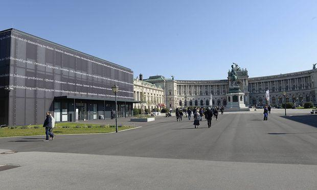 Archivbild: Parlament-Ausweichquartier auf dem Heldenplatz