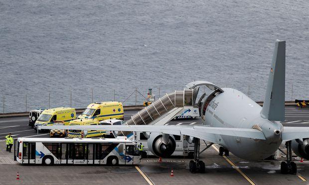 Überlebende des Busunglücks von Madeira in Deutschland angekommen