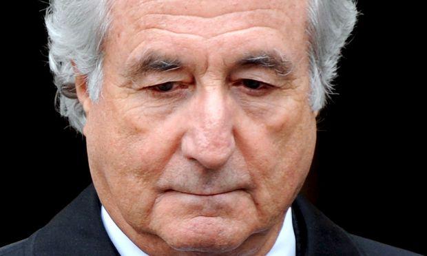 Bernard Madoff, einst gefeierter Star und dann wegen eines groß angelegten Betrugs zu 150 Jahren Haft verurteilt.