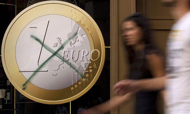 stuft Kreditwuerdigkeit Spaniens herab