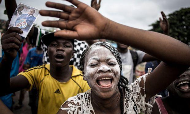 Anhänger des designierten Präsidenten, Félix Tshisekedi, ließen ihrem Jubel in den Straßen der kongolesischen Hauptstadt Kinshasa freien Lauf.
