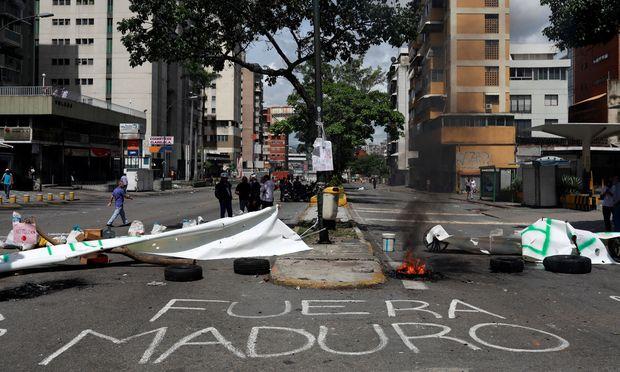 Ausschreitungen bei Generalstreik gegen Staatschef Maduro in Venezuela