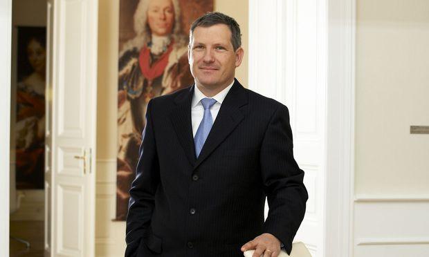 """Meinhard Platzer, Co-CEO der Österreich-Niederlassung der """"Fürstenbank"""" LGT, sieht Bitcoin nicht als Alternative zu Gold."""