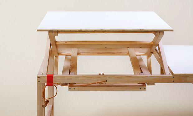 """Anpassbar. Der """"Adjus-Table"""" von Sebastian Zachl ist gerade in der Manufaktur-Findungsphase."""