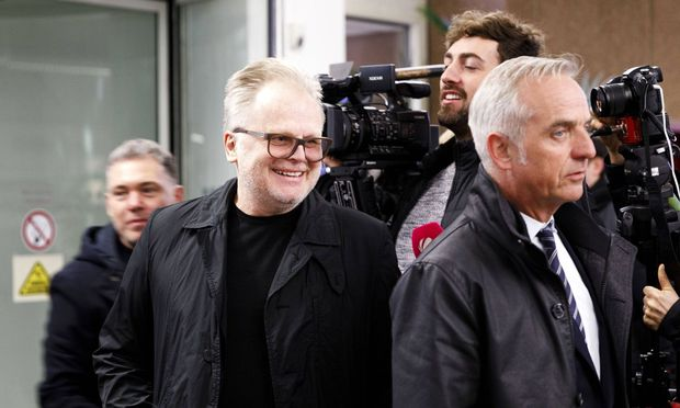 Herbert Groenemeyer als Zeuge im Prozess gegen zwei Paparazzi
