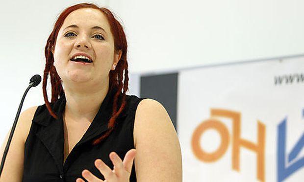 Janine WULZ