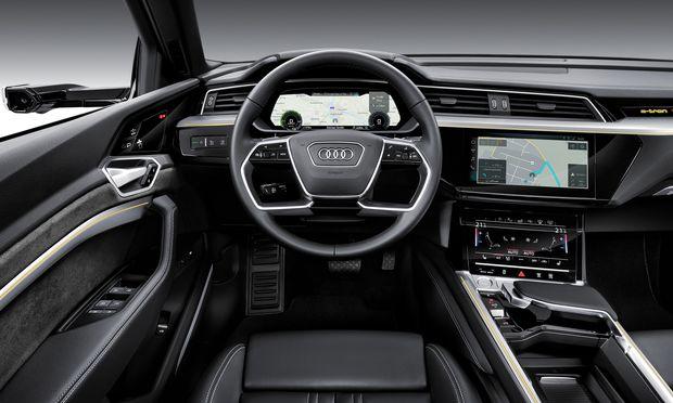 Innen erinnert der E-tron an den neuen Audi Q8.