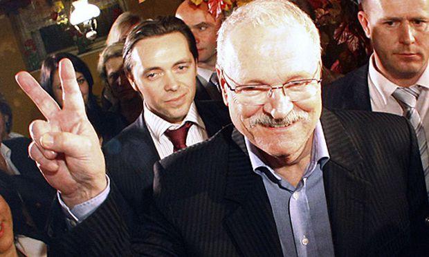 Wahlsieger Ivan Gasparovic.