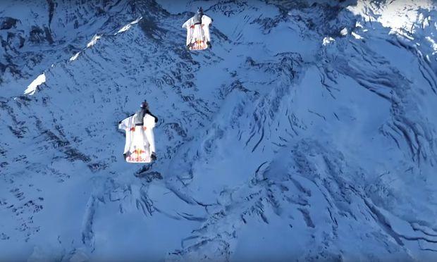 Vom Berg ins Flugzeug gesprungen