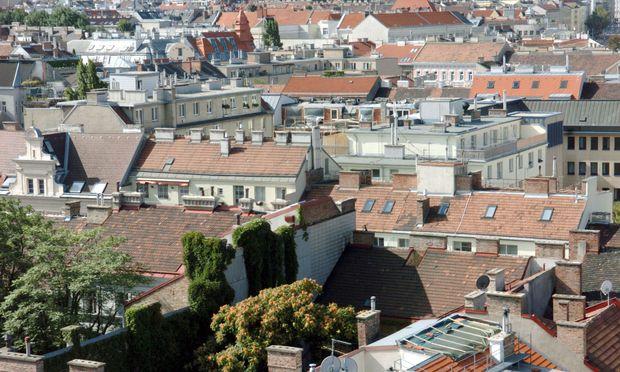 Immobilien als Geldanlage: Beim Verkauf zahlt man seit April 2012 Ertragsteuer.