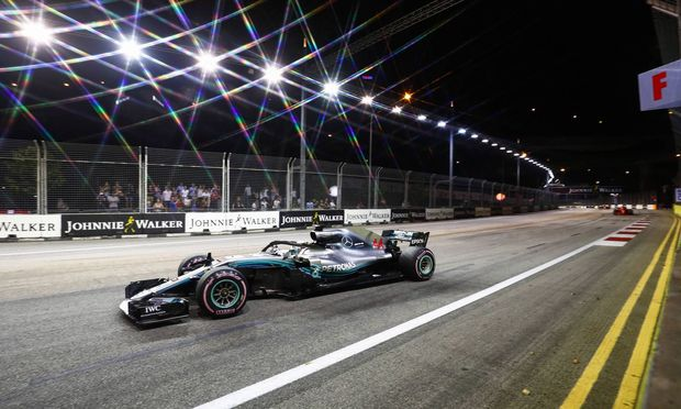 2018 Singapore GP SINGAPORE STREET CIRCUIT SINGAPORE SEPTEMBER 16 Lewis Hamilton Mercedes AMG F