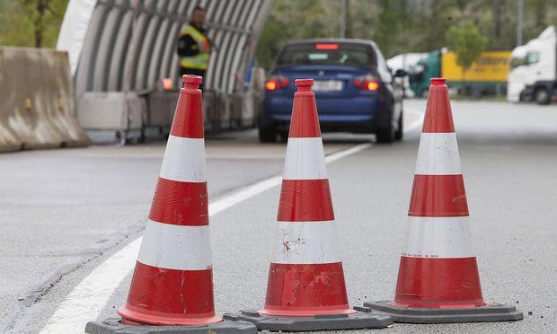 AUT 2017 04 27 THEMENBILD DIE GRENZKONTROLLEN WEGEN DER FLUECHTLINGSKRISE WERDEN VERLAENGERT H