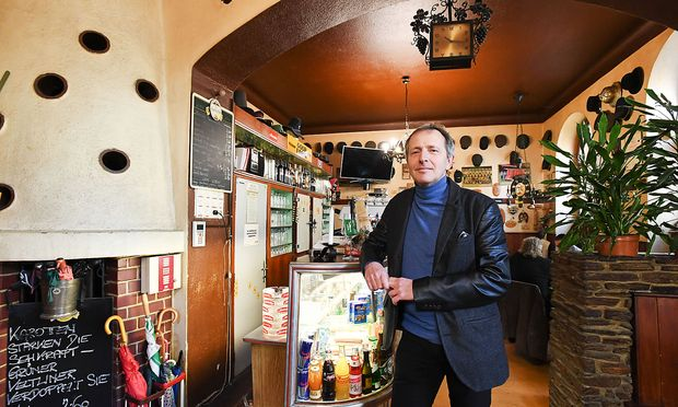 Lieblingsplatz: Hans-Peter Kellner im Gasthaus Lechner. / Bild: (c) DIMO DIMOV