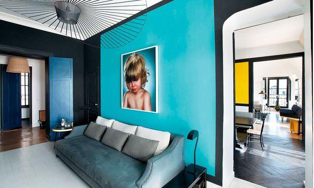 Ein Kokon mit Farben ist für die  Designerin das ideale Zuhause.