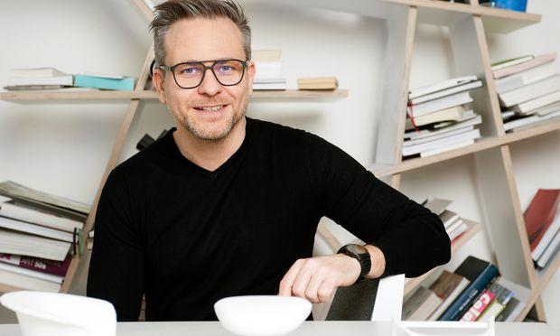 """Eine Uhr ist für Designer Rainer Mutsch """"wie ein Teil meines Körpers""""."""