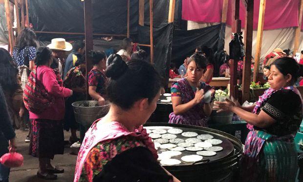 Indigene Völker stehen im Fokus eines Workshops des Lateinamerika-Instituts, das auch eine Kulturreise nach Bolivien organisiert.