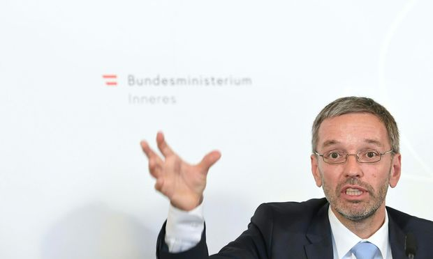 Innenminister Herbert Kickl forciert eine Erweiterung der Befugnisse für das BVT.