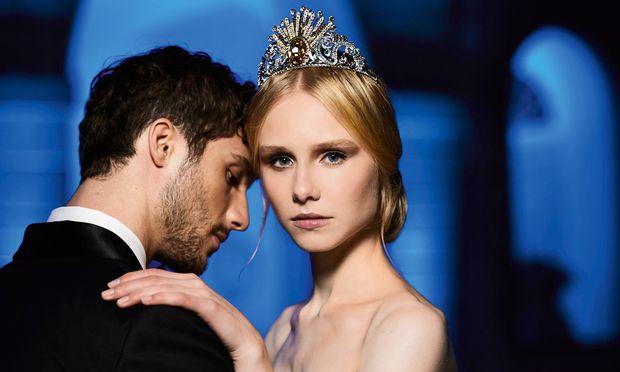Rheingold. Sagen Sie nie Tiara zu ihm: Das Opernball-Krönchen von Versace für Swarovski.