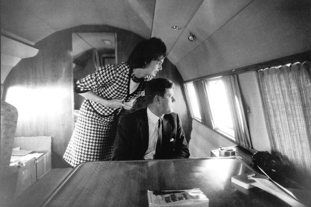Jacky Kennedy: Legendäres Chanel-Kostüm war ein Fake « DiePresse.com