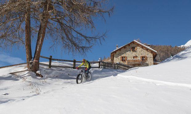 Speichen. Neu ist der Hype, mit fett bereiften Bikes durch den Schnee zu pflügen.