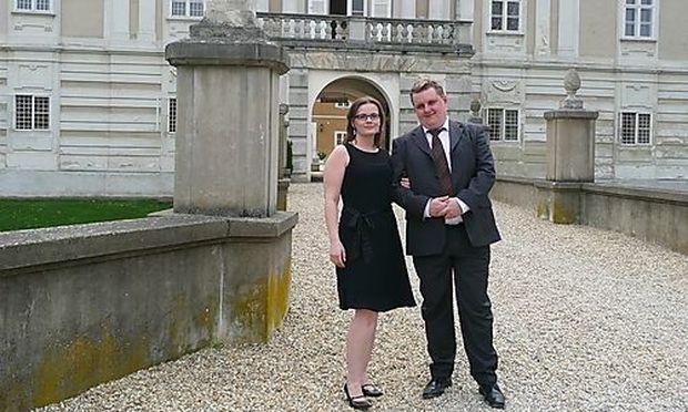 Gründer Elisabeth und Dietmar Wagner im Schloss Rohrau