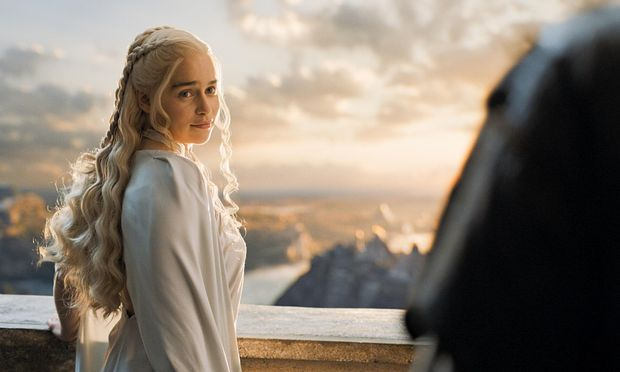Barristan Selmy erzählt Daenerys eine Geschichte über ihren Bruder / Bild: (c) HBO