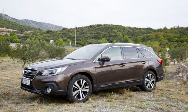 Mix aus Kombi und SUV: der umgängliche, unmodische Outback ab 36.990 Euro. / Bild: (C) Henke