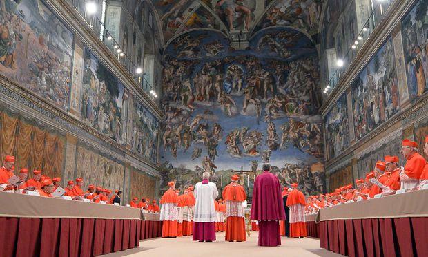 Das Einsperren der Kardinäle hatte ursprünglich einen kuriosen Grund: Auftakt zur Papstwahl 2013.