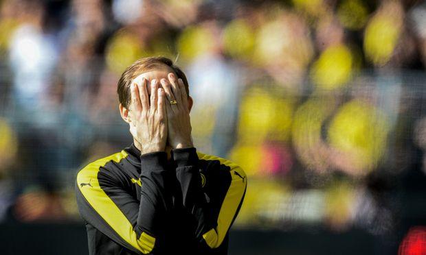 Thomas Tuchel will nicht mehr hinsehen, der Dortmund-Trainer steht vor dem Aus.