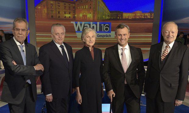 (v.l.) Alexander Van der Bellen (Grüne), Rudolf Hundstorfer (SPÖ), Irmgard Griss (parteifrei), Norbert Hofer (FPÖ), Andreas Khol (ÖVP)