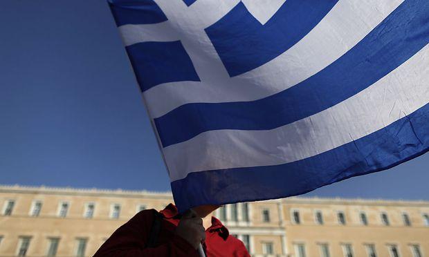 Griechenland erhöht Steuern