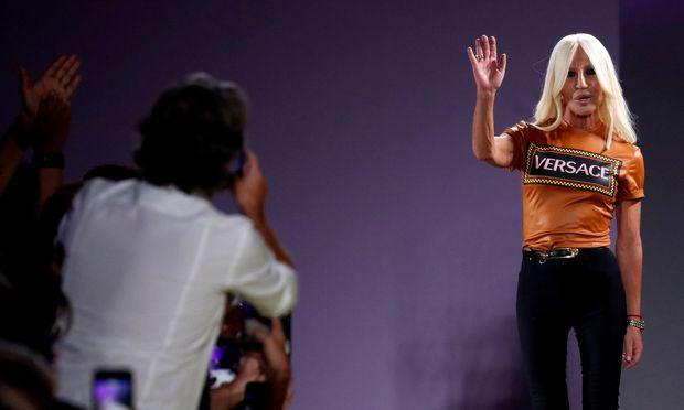 e1724aaaca Michael Kors übernimmt Luxusmodekonzern Versace « DiePresse.com