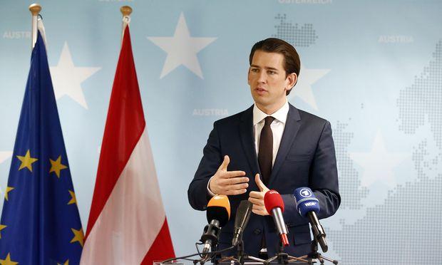 Außenminister Sebastian Kurz hält es für einen Mythos, dass die griechische Seegrenze zur Türkei nicht geschützt werden kann.