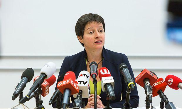 Sonja Wehsely bei ihrer Rücktritts-Pressekonferenz am Freitag