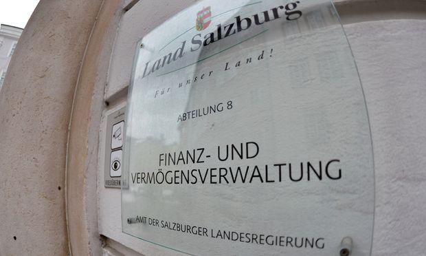 Finanzskandal Land Salzburg uebernahm