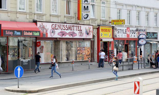 Die Äußere Mariahilfer Straße wird dem aufstrebenden Ruf des Bezirks eher weniger gerecht.