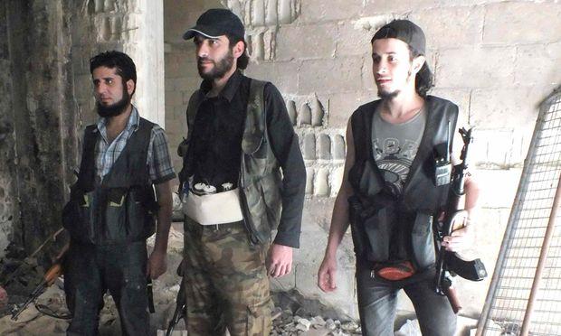 Syrische Rebellen besetzen grenznahen
