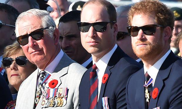 Prinz Charles mit William und Harry
