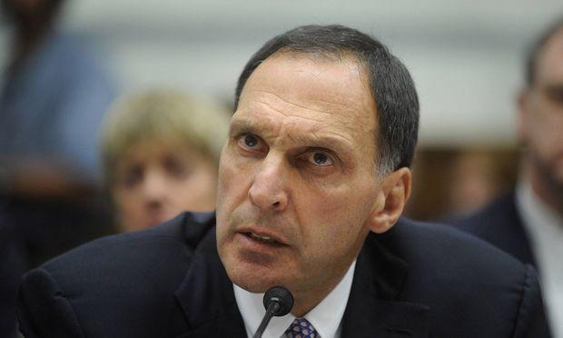 Richard Fuld CEO Lehman Brothers Holdings anl�sslich einer Anh�rung zur Insolvenz von Lehman Brot