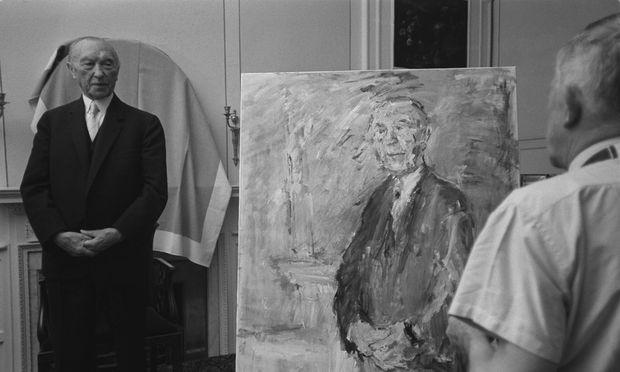 Konrad Adenauer steht Oskar Kokoschka Modell