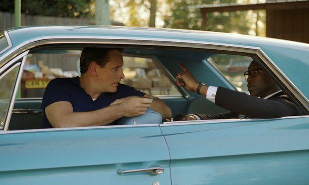 """Ein vornehmer Pianist (Mahershala Ali, r.) und sein vulgärer Fahrer (Viggo Mortensen) auf Südstaatenreise: """"Green Book"""" gilt als """"Oscar-Bösewicht""""."""