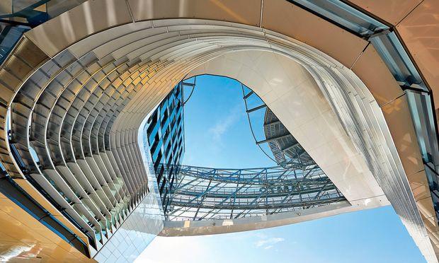 Zwischen analogen und digitalen Orten unterscheiden, gilt es bei der Planung von Projekten. Hier: die neue ÖAMTC-Zentrale ...