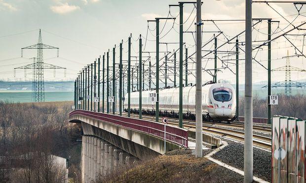 ICE-Schnelltrasse Bahn verzeichnet mehr Fahrgäste zwischen Berlin und München