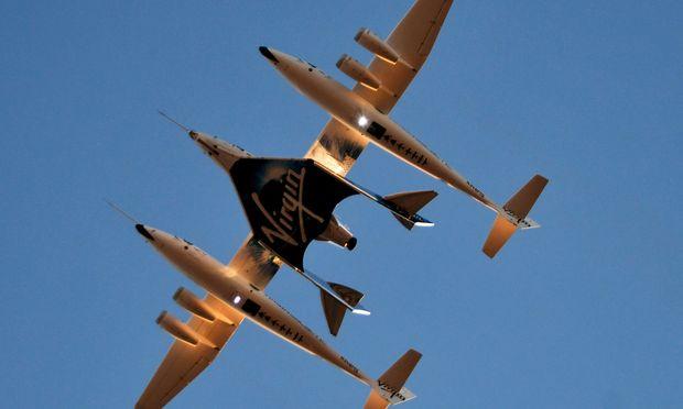 Virgin Galactic: Erster bemannter Testflug von USA ins All