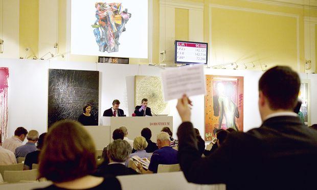 Auktionsszene im Franz-Josef-Saal: So ähnlich geht bzw. ging es dieser Tage im Wiener Dorotheum zu – trotz des Diebstahls.