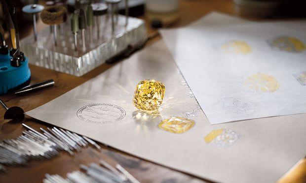 """Sagenhaft. Der berühmte """"Tiffany-Diamant"""" ist der bestgehütete Schatz des Hauses und seit 140 Jahren im Besitz der Firma."""