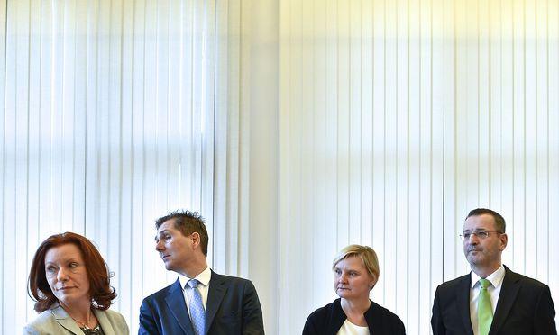 Evelyn Kölldorfer-Leitgeb (stellvertretende Generaldirektorin des KAV), Michael Binder (Leitung der ärztlichen Agenden in der Generaldirektion des KAV), Gesundheitsstadträtin Sandra Frauenberger (SPÖ) und Thomas Bal‡zs (stellvertretender Generaldirektor des KAV) am Montag