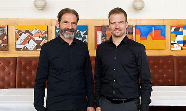 """Hermann und Thomas Neuburger sind Attribute wie """"freundschaftlich"""" und """"herausragend"""" wichtig."""