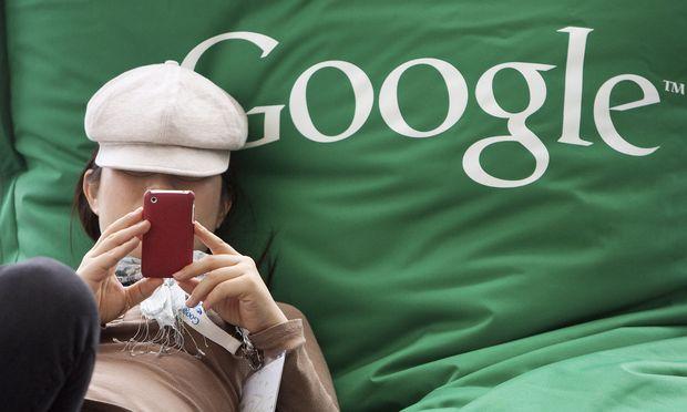Google Unveils Music, Movie Services To Take On Apple, Amazon