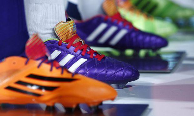 Adidas einigte sich mit dem deutschen Bundeskartellamt auf eine Änderung der Vertriebsbedingungen.